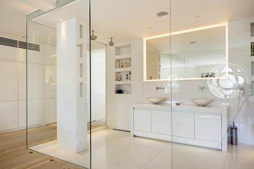 Cửa kính cường lực mang lại vẻ sang trọng cho ngôi nhà của bạn